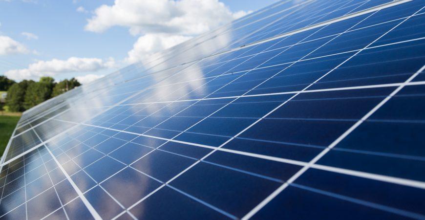 Energie rinnovabili: dal 2005 investimenti quadruplicati